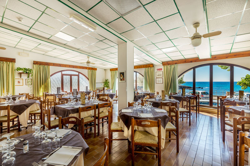 The restaurant on the sea front